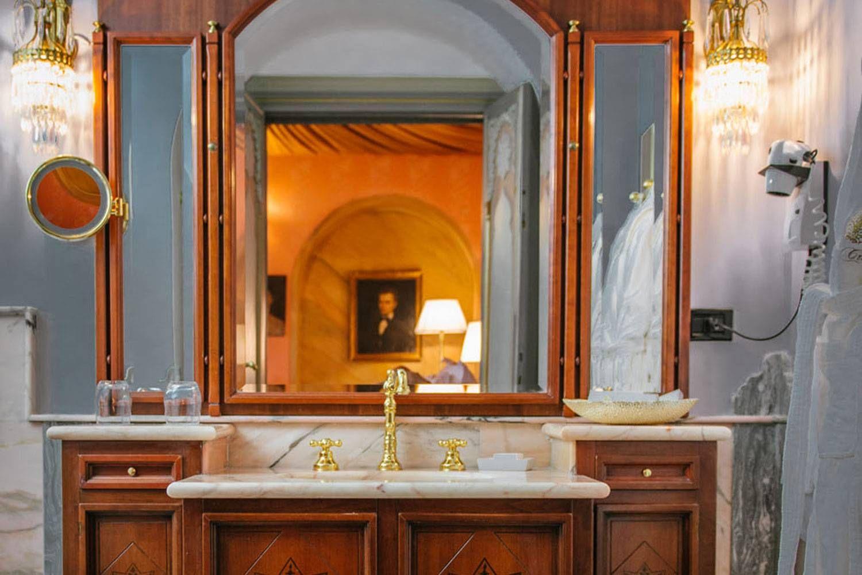 Villa Crespi Room