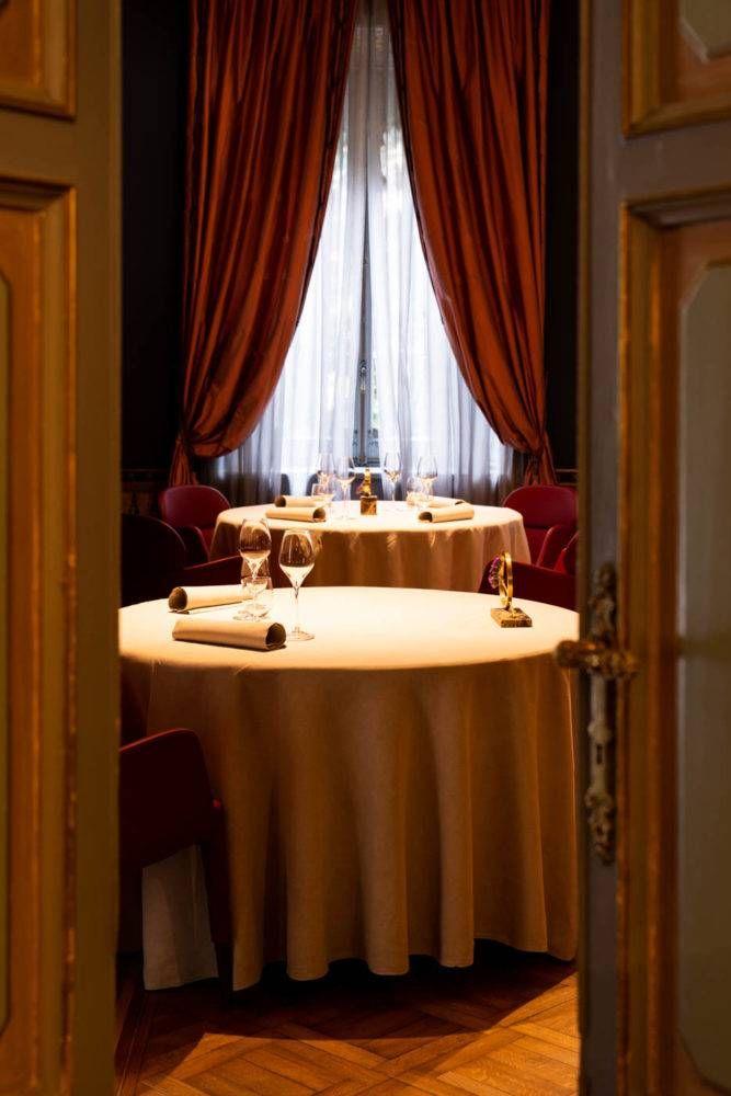 Antonino Cannavacciuolo Restaurant